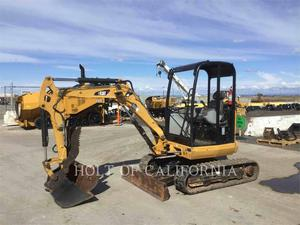 Caterpillar 302.7DCR, Construction