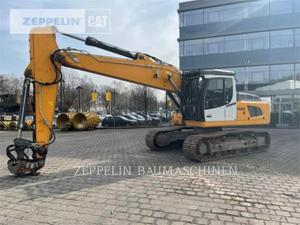 Liebherr R924, Construction
